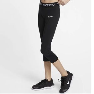 Nike Pro Juniors Black Workout Leggings